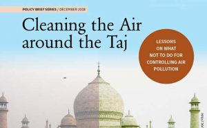 cleaning-air-around-the-taj